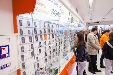 Защита прав потребителей возврат некачественного телефона