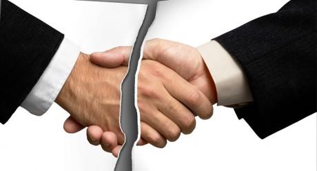 Расторжении договора оказания услуг
