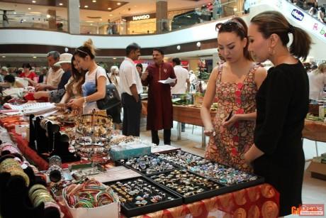 Торговля ювелирными изделиями