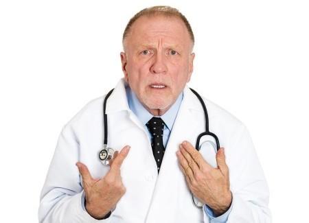 Кому пожаловаться на врачей поликлиники