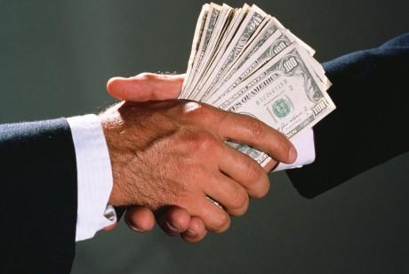 Вымогательство взятки чиновниками