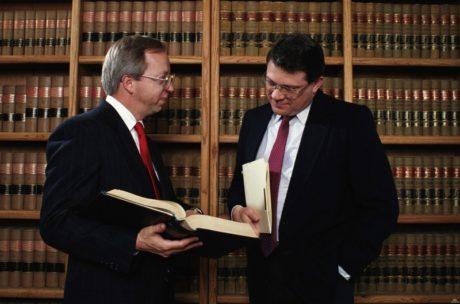 Услуги юриста в суде