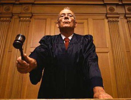 Помощь юристов в суде