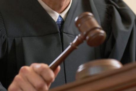 Кому нужно подать жалобу на действия мирового судьи