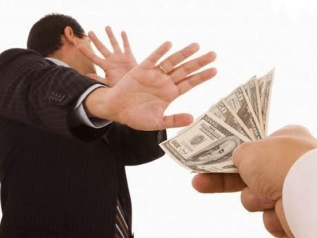 Отказ принять деньги