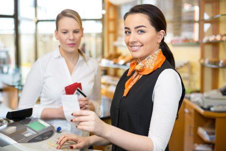 Обязанности старшего продавца